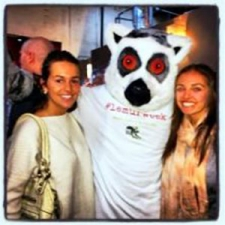 Students with Lemur Week mascot